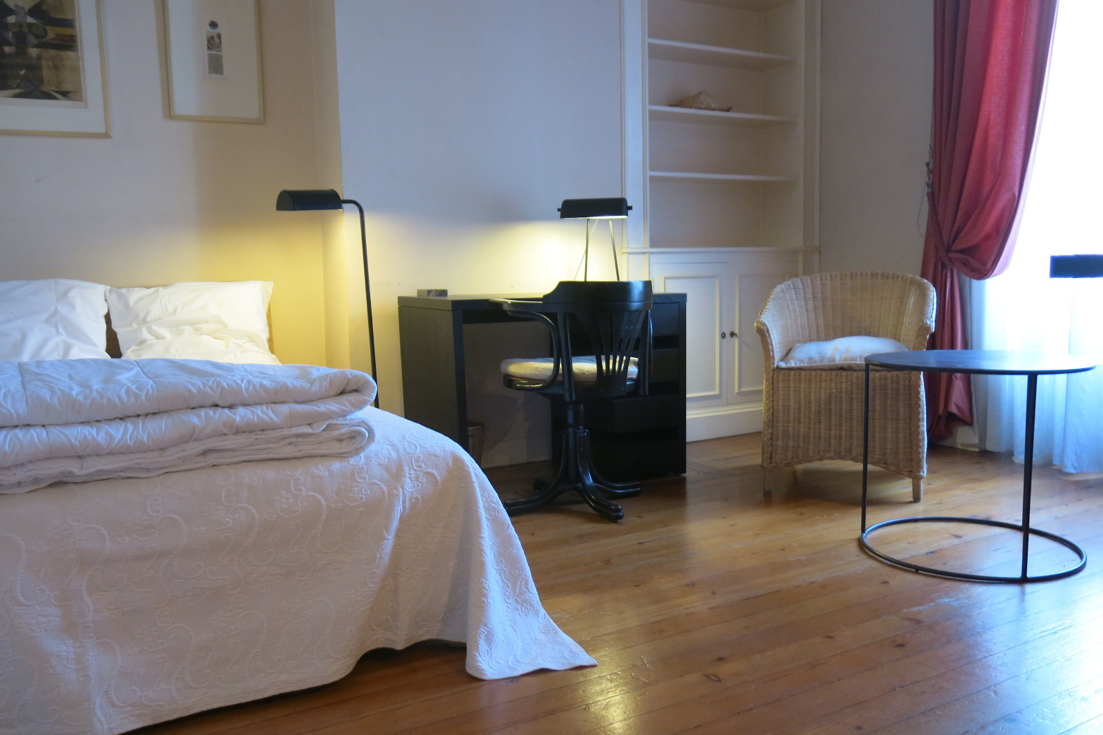 location proche cours du m doc chartrons location. Black Bedroom Furniture Sets. Home Design Ideas